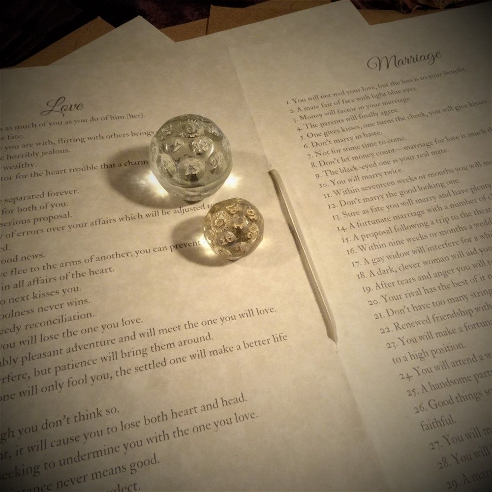 Fortune Telling Crystal Ball Die or Dice Instructions